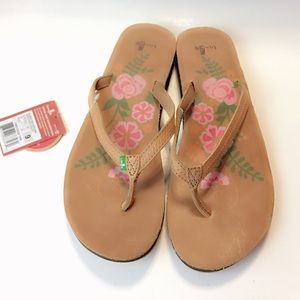 NWT Sanuk Brown Leather Sandals size 9